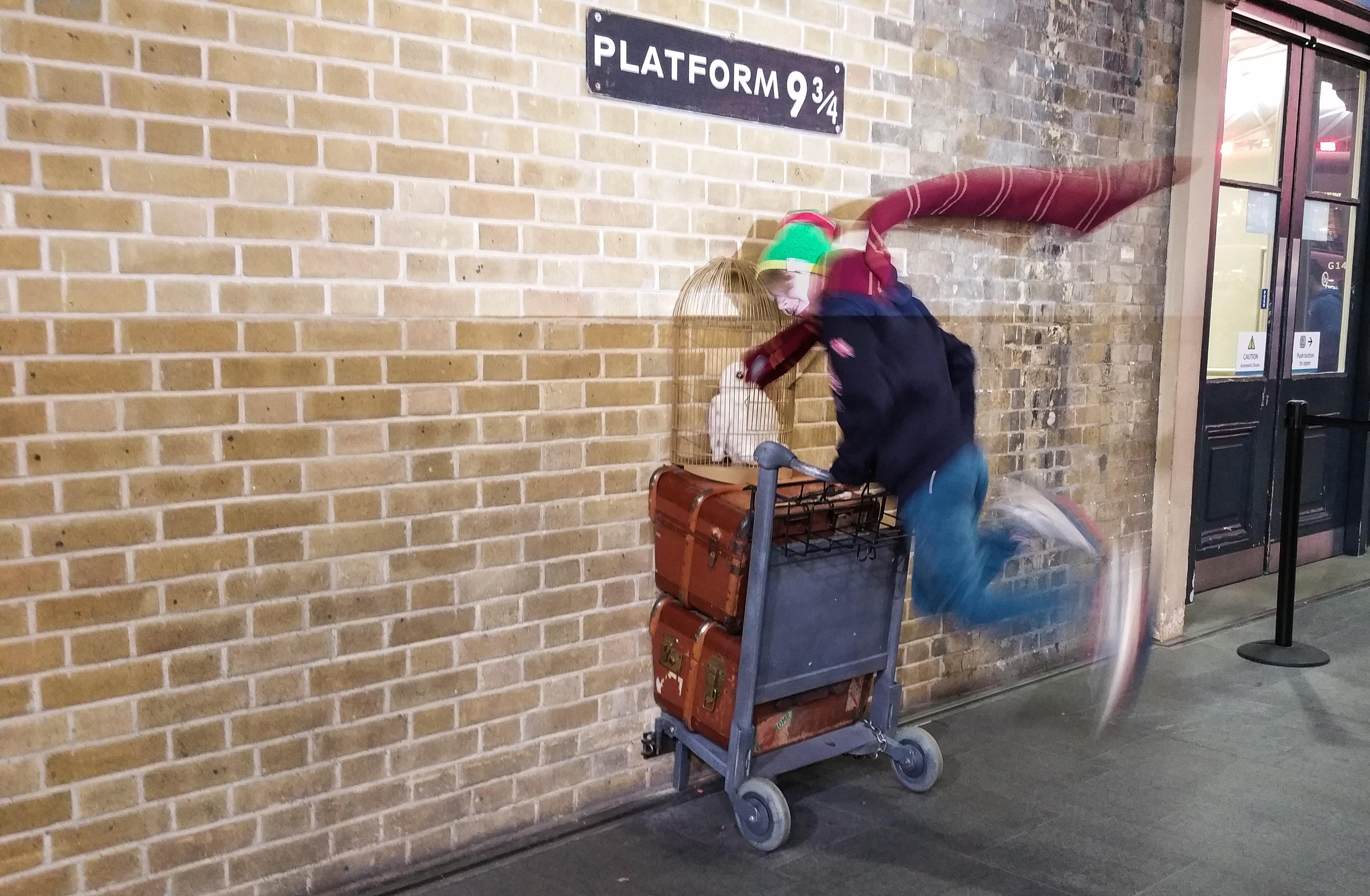 Harry Potter, Kings Cross station, perrong 9 3/4