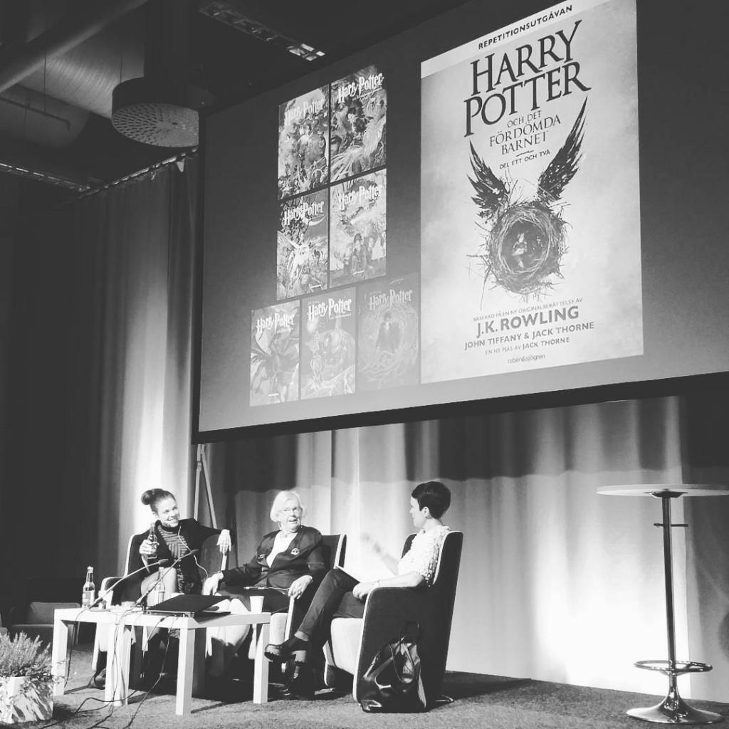 Nu snackar vi va Harry Potter ttonde berttelsen bokmssan harrypotter