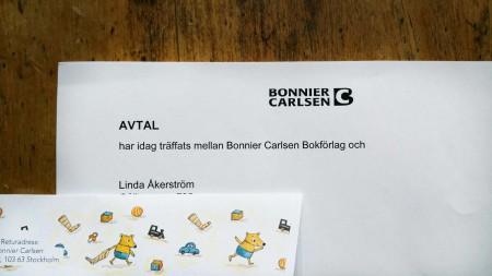Avtal mellan Linda Åkerström och Bonnier Carlsen